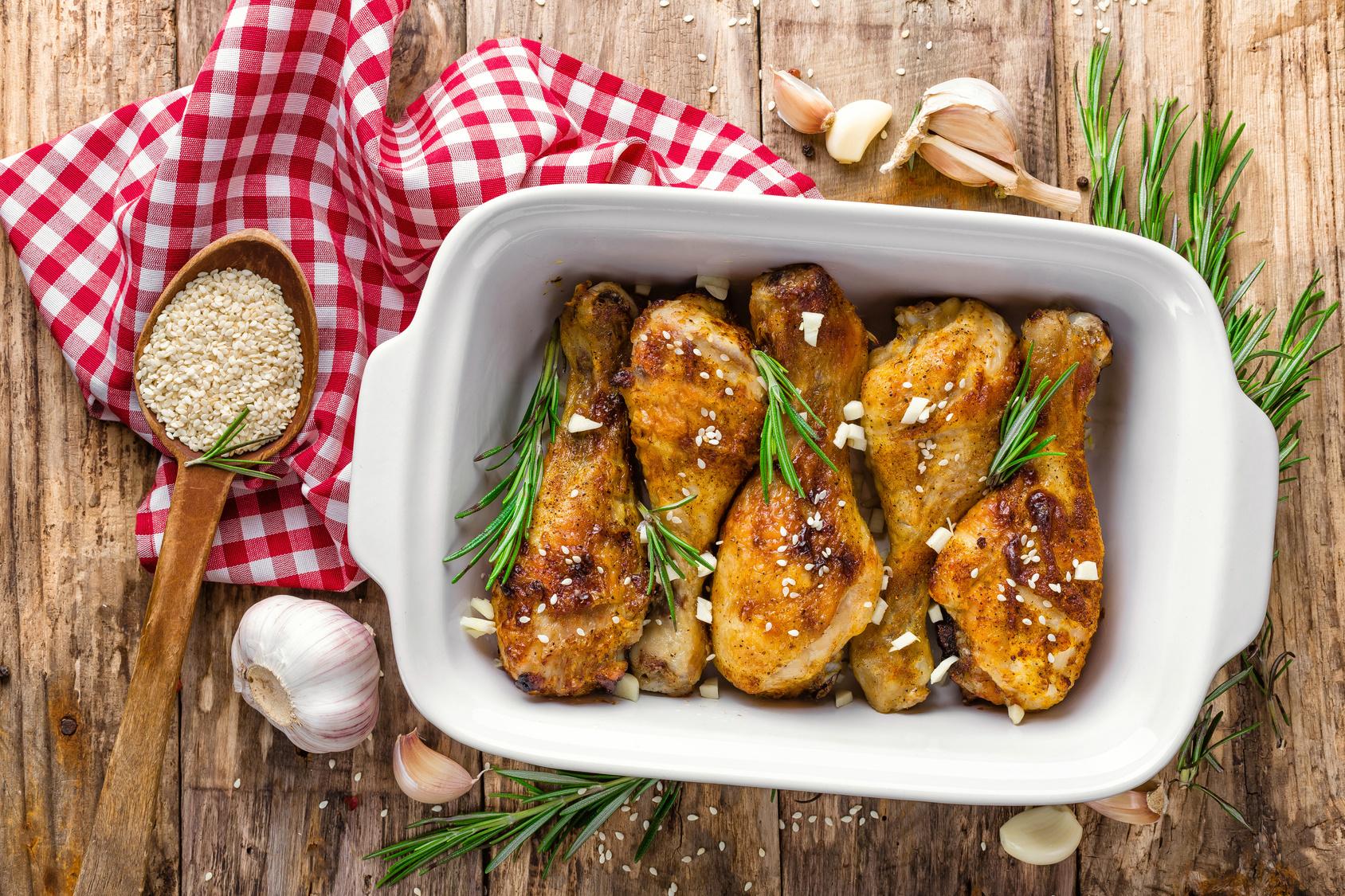 Podudzia kurczaka w sezamie
